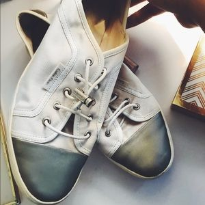 Size 9 CALVin KLEiN shoes women's